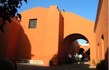 Entrada al Convento de Santa Catalina