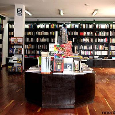 Librería La Familia – Centro Bartolomé de las Casas